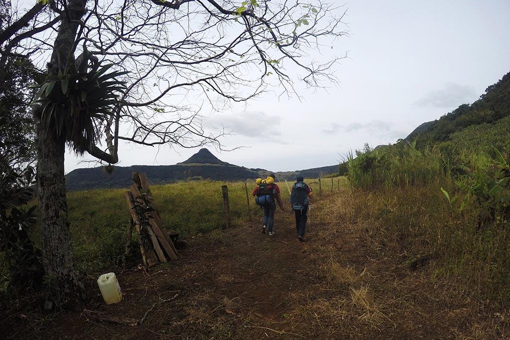 trekking morro do forno