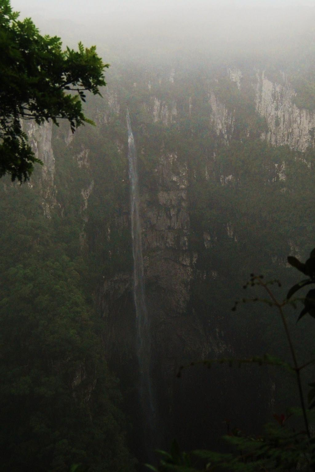 cachoeira trilha tropeiros maquine