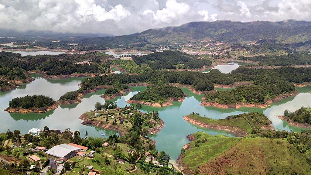 lago guatape