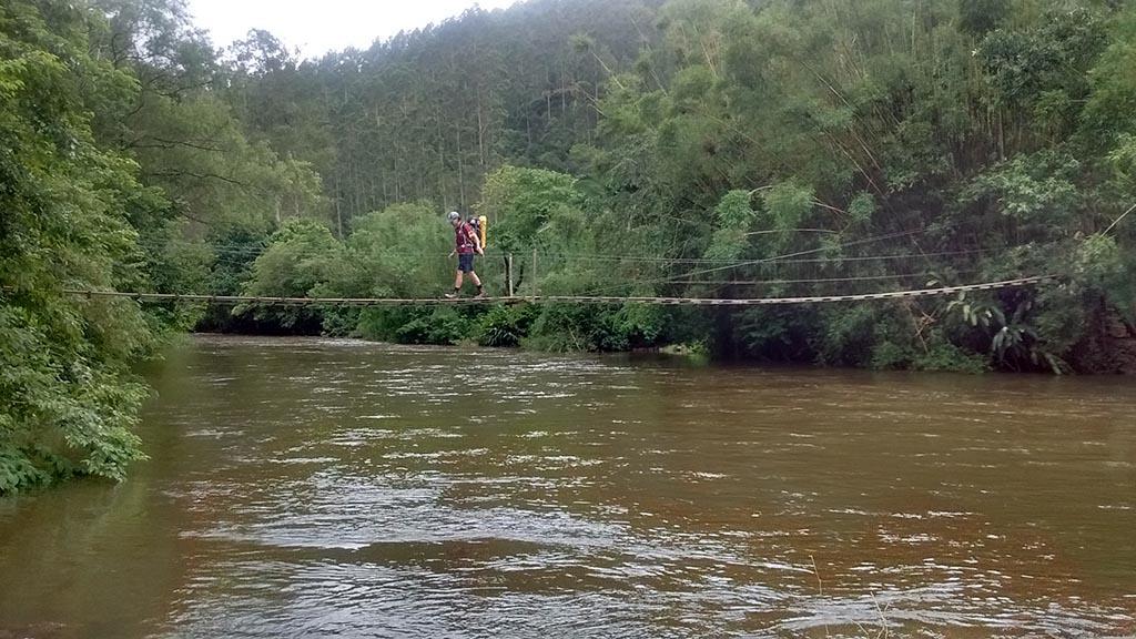 homem ponte rio