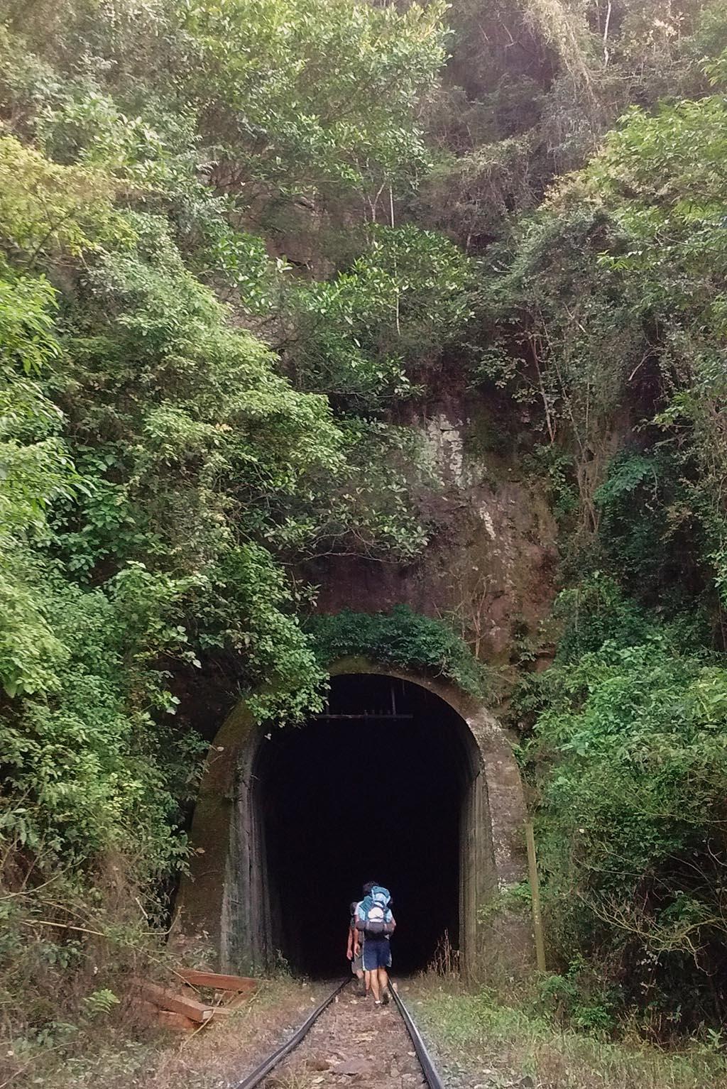 ferrovia do trigo quilometros túneis