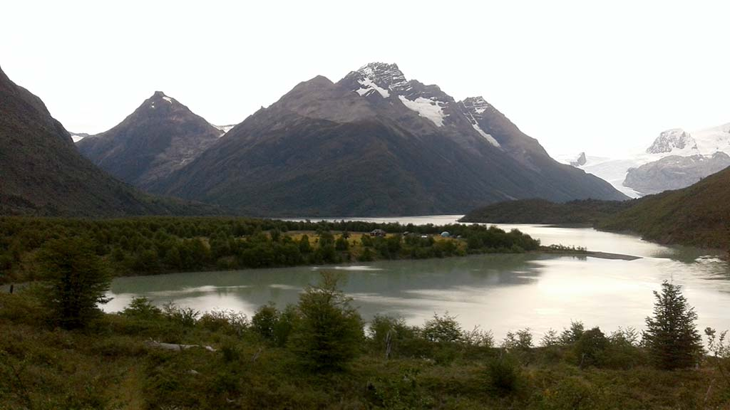 camping grey torres del paine