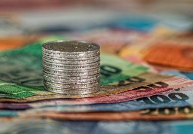 como levar dinheiro para viajar