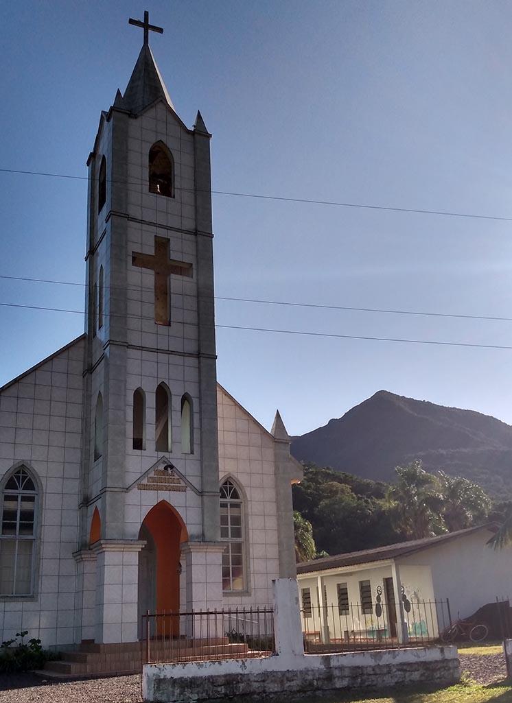 igreja luterana de três forquilhas