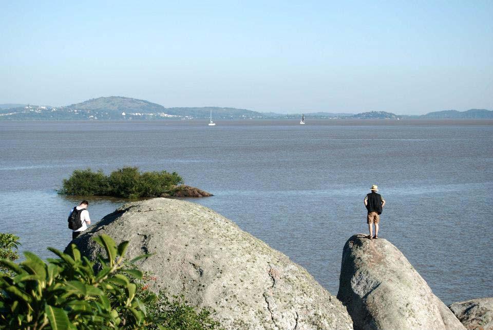 ilha das pedras brancas porto alegre